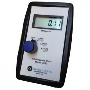 サトテック 3軸式電磁波測定器UHS2-USB(ガウスメーター)
